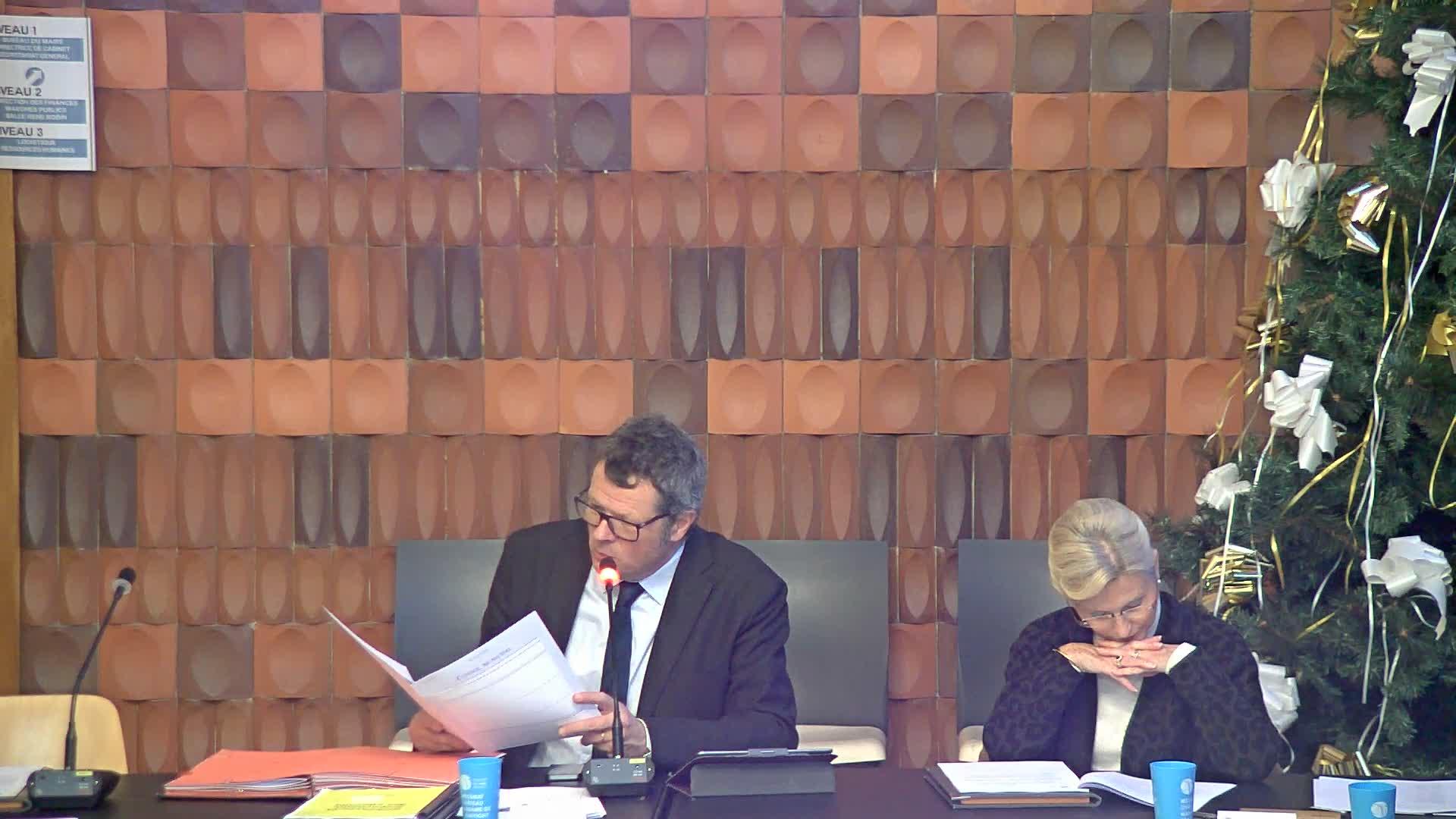 Délibération autorisant Monsieur le Maire à signer une convention de mise à disposition de personnel dans le cadre du service intérim