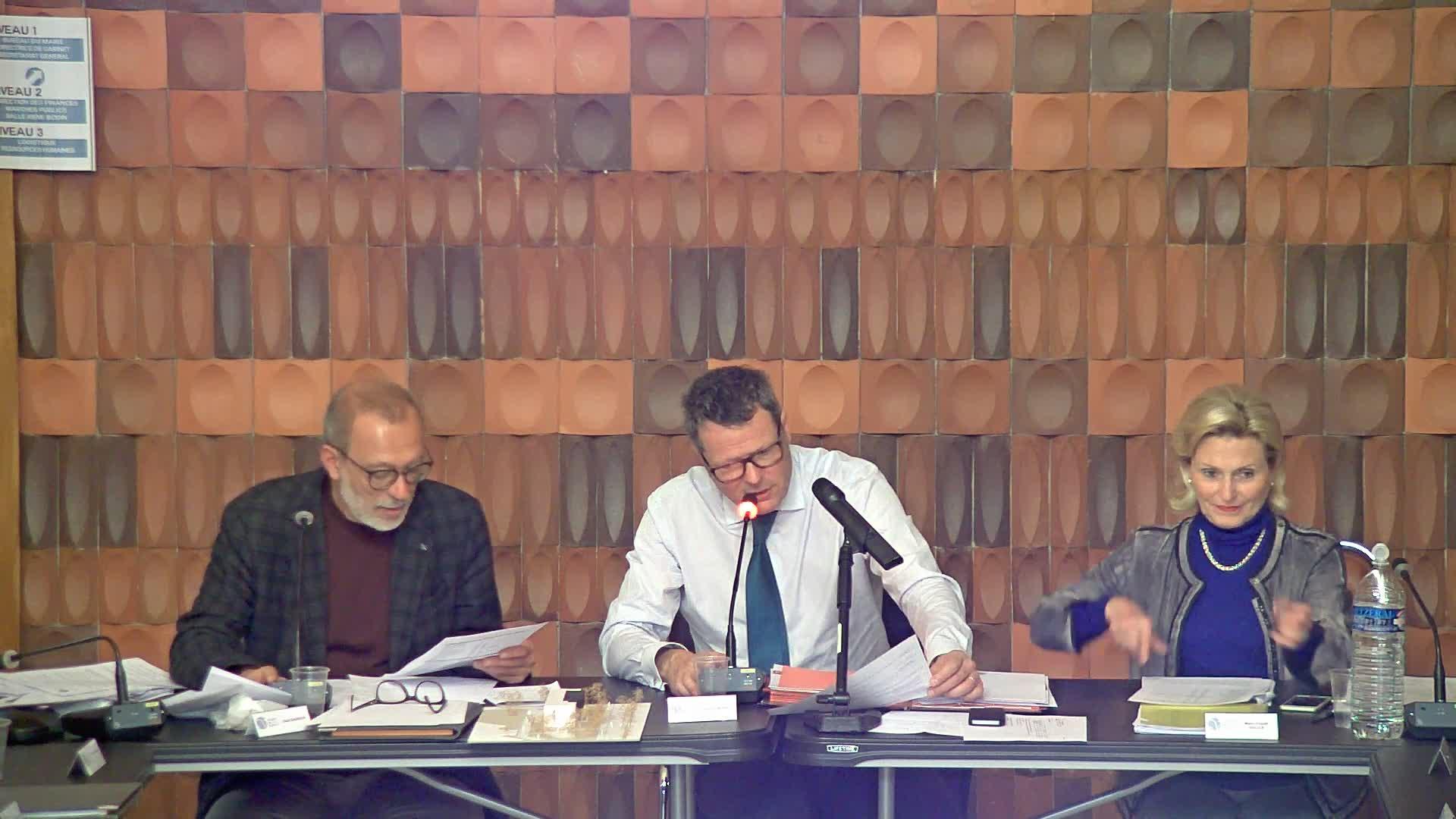 Subventions 2019 aux associations, au CCAS et à la CAF (centre social Jolibois)